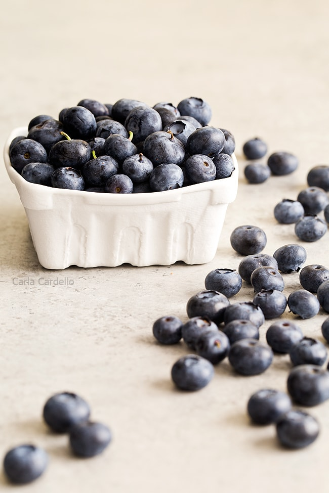 Blueberries for Blueberry Yogurt Popsicles