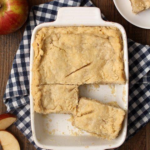 Apple Half Slab Pie