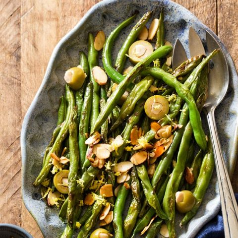 Green Beans with Almonds and Olives for vegan Thanksgiving side dish