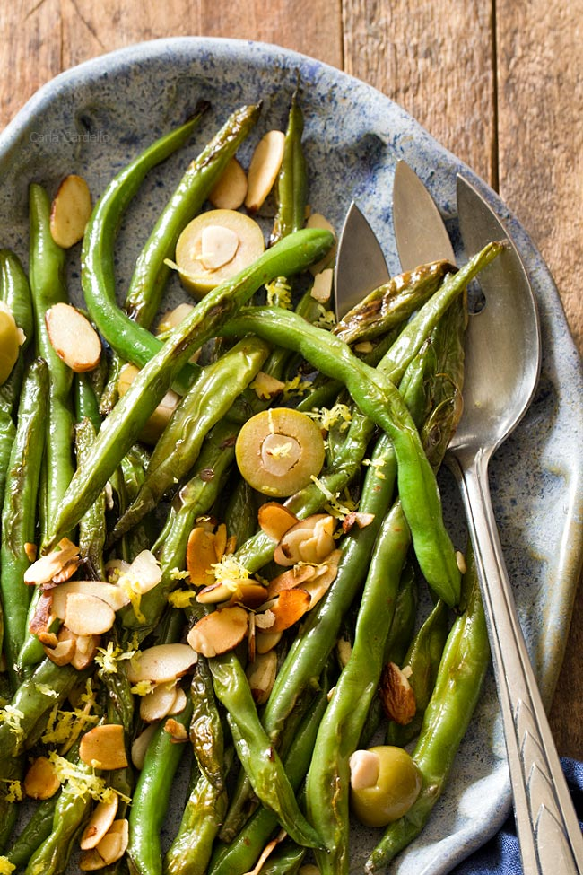 Easy vegan side dish of Green Beans with Almonds and Olives