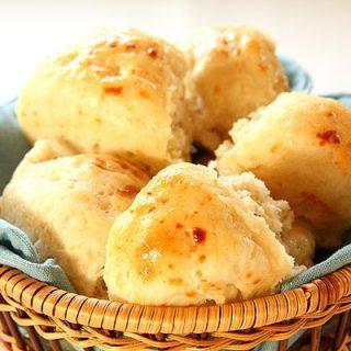Honey Butter Dinner Roll Recipe (Small Batch)