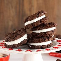 Mexican Hot Cocoa Sandwich Cookies